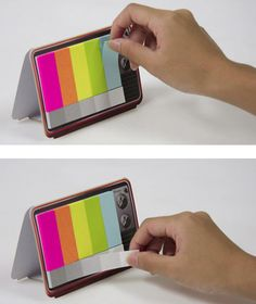 you know those color bar tests that are used on TVs? well check out these sticky notes that resemble it.