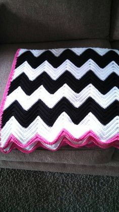 Zebra chevron crochet blanket-who wants to make this for me?! LOVE!!