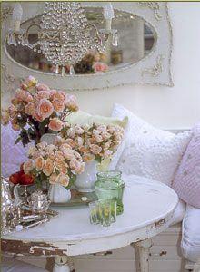 delusions of grandeur: Pamela Anderson's House Shabby Love!