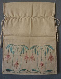 Glasgow School Embroidered Bag. Linen. Circa 1900.