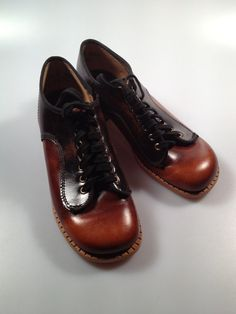 1970s Vintage Girls OXFORD Shoes by by rememberwhenemporium, $19.95