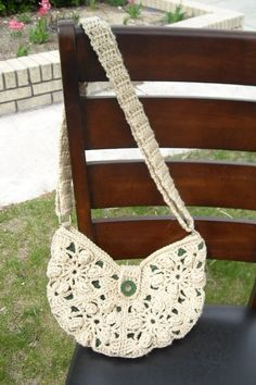 I wish I knew how to croche so I could make this! Cute!