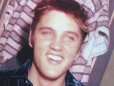 ▶ Elvis Presley I Was The One - YouTube