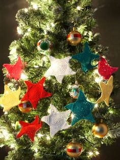 Holiday Stars Garland FREE pattern #crochet
