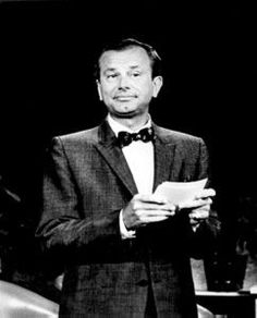 Jack Paar He got his first tastes of television in the early 1950s, appearing as a comic on The Ed Sullivan Show and hosting two game shows, Up To Paar (1952) and Bank on the Stars (1953),