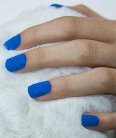 MUA Cosmetics Velvet Fur Effect Nails in Blue
