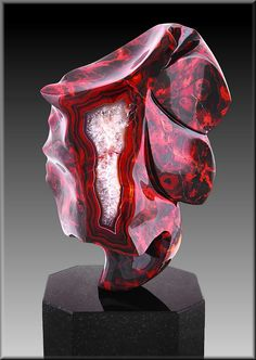 Agate and Quartz from Argentina (a sculpture,beautiful)