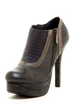 Two Lips Leather Ozzie Zip Bootie