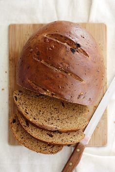 Raisin-Walnut Pumpernickel Bread | Girl Versus Dough