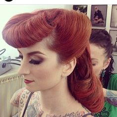 Pinup hairstyle!