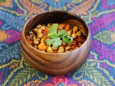 Slow Cooker Vegan Chickpea Chili