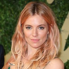 Sienna Miller Unveils Pink Hair And Rose-Gold Highlights At The 2013 British Fashion Awards