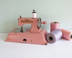 1940s KAYanEE Sew Master Toy Sewing Machine in Pink by Tparty, $67.90