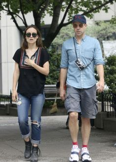 celebrity #fashion http://www.cefashion.net/celebrity-street-style-in-august/ #oliviawilde