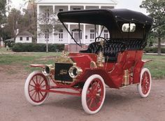 1909 Ford Model T Touring car....