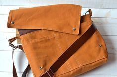 CINNAMON BROWN  Messenger bag  / Shoulder Bag / Laptop by ikabagS