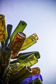 I LOVE bottle trees.