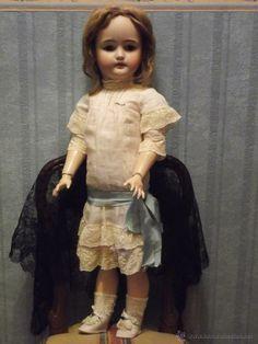Antigua muñeca SIMON