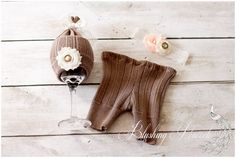 Upcycled Newborn Photography Prop Set...notice what they posed the hat on!