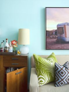 6 Considerations When Decorating a Small Space