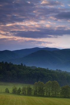 Cades Cove, Smoky Mountain National Park, Tennessee.