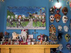 Making Day of the Dead Masks >> http://blog.diynetwork.com/maderemade/2014/10/10/making-day-of-the-dead-masks-at-the-casita/?soc=pinterest