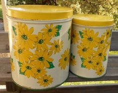 Pair of vintage NC Colorware tole painted tin canisters, Black-eyed susan flowers, white, yellow, green, shabby cottage chic, 1950's era