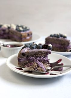 very blueberry layer cake