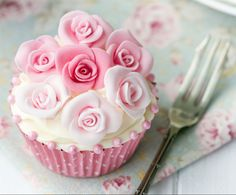 pretty cupcake - photo credit: Ruth Black  Source: https://www.facebook.com/BePositivelyBeautiful
