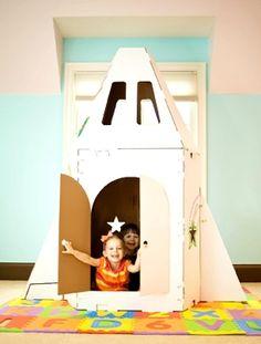 cardboard playhouse,  cardboard toys,  DIY playhouse,  Eco Toys,  Green Family,  green family blog,  green kids,  green living,  green-families,  green-toys,  greenfamily,  kidscraft,  personal playhouse,  play house for kids,  playhouse,  recycled toys, playhouse kidscraft cardboard shuttle