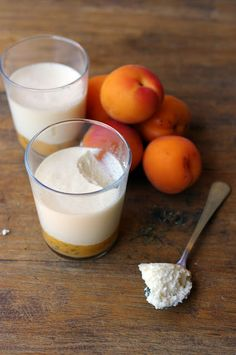 Mousse au miel sur compoté d'abricots au thym