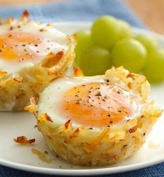 Recipe for Egg Topped Hash Brown Nests - Try this new delicious take on breakfast - kids and adults alike will love this way to eat their eggs and potatoes!