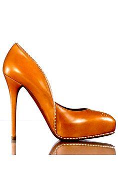 designer shoes, color, burnt orange, heel, pump, christian louboutin