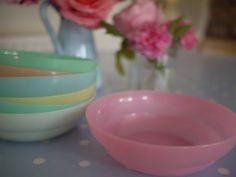 pastel, memori, vintage cereales, breakfast, tupperwar bowl