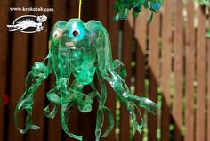 Jellyfish from plastic bottles