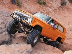 Jeep Cherokee rock crawler