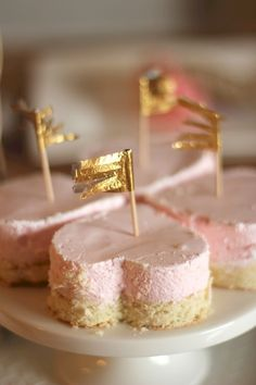 heart cheesecakes