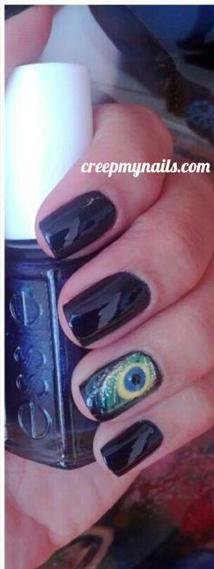 Peacock Nail Design from creepmynails.com -