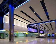 Heathrow Terminal 2, The Queen's Terminal | Lighting Design: StudioFRACTAL & Hoare Lea Lighting. Photo credit: James Newton | Bustler