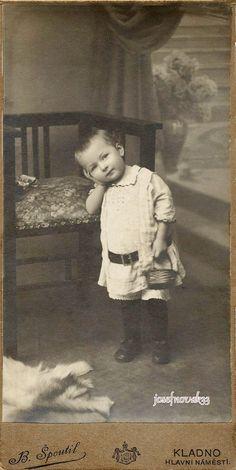 +~+~ Antique Photograph ~+~+ SImply adorable. What a gorgeous boy!