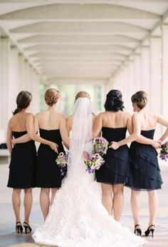 Wedding bride and bridesmaids in black and white #bridalparty #black #white  Photo by: Lisa Dolan on Grey Likes Weddings