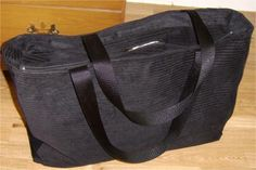 Tote Bag with a Recessed Zipper