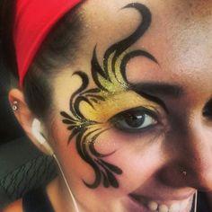 Eye design face paint/makeup