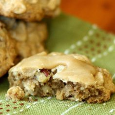 Brown Butter Pecan Praline Oatmeal Cookies