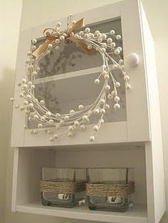 berri, christmas wreaths, craft, door, hous, bathroom, garland, homemade christmas, the holiday