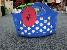 Basket for books - could use for extra clothing, or listening center basket of book with cassette beg borrow, daily five, student, book organization, borrow steal, baskets, teacher, classroom libraries, new books
