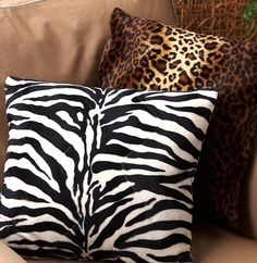 Accessorize with pops of animal print throughout your home. #AnnasLinens #AnimalPrint