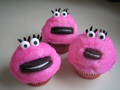 Mrs. Cookie Monster Cupcakes