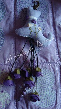 Chaveiro lilás terminado