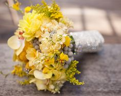 yellow & grey bouquet